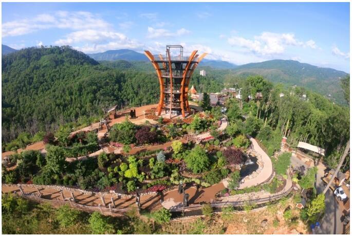 The AnaVista observation tower in the Anakeesta mountain theme park in Gatlinburg